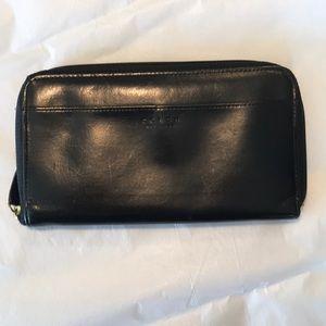 Vintage Coach Leather Zipper Wallet